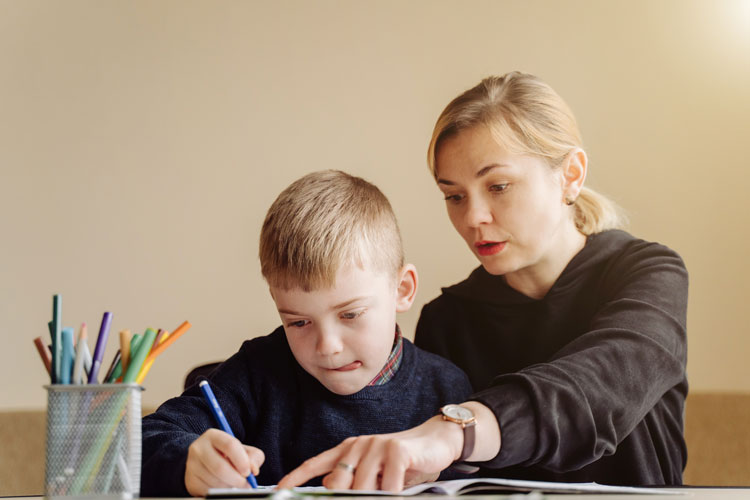 6 Things to consider when making a home office for kids