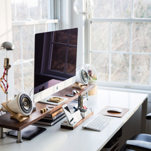 What are the 7 things to consider when selecting your workspace?