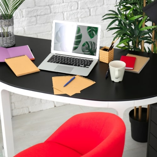 Find the Best Available Desk According to Your Budget